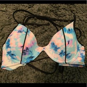 VS PINK bikini swim suit top